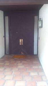frontdoorbefore